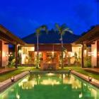 Maison Denpasar Terrasse: Location Maison Denpasar Bali 8 Personnes