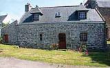 Village De Vacances Plouhinec: Maison De Vacances Bretagne 4 Personnes